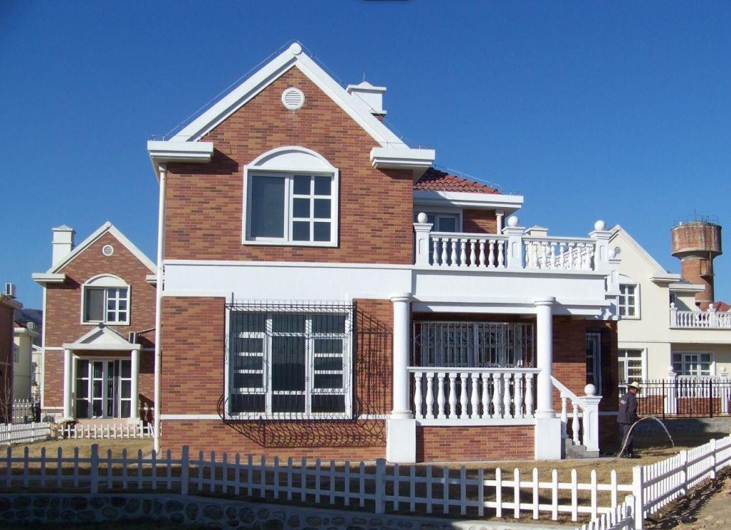 三层简欧式小别墅外墙文化石